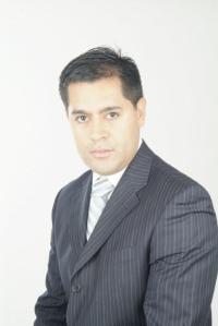 Dr. Juan David Londoño, plastic surgeon