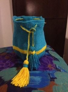 making progress on my Colombian bag